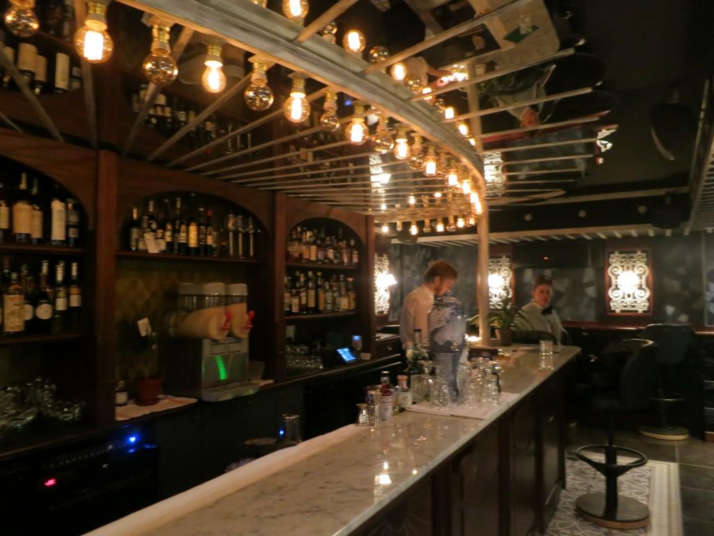 Lulu White Cocktail Bar Paris